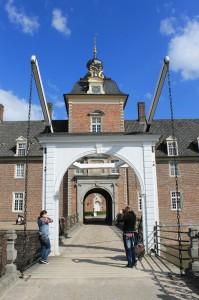 Die Zugbrücke zu Burg Anholt