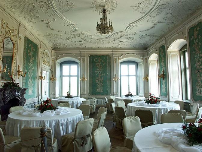 Schloss Fürstenstein in Schlesien: Der Grüne Salon / Foto: Wikipedia / Dariusz Cierpiał / CC-BY-SA 3.0 / Foto oben:  Wikipedia  / Drozdp / CC-BY-SA 3.0