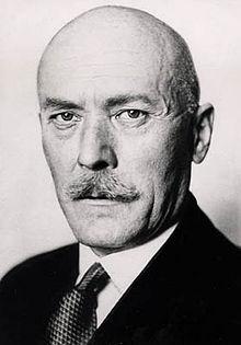 Burgbesitzer Graf von der Schulenburg nahm gestohlene Bücher in seine Bibliothek auf / Foto: Wikipedia/Public Domain