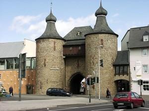 Der Hexenturm in Jülich wurde lange nach den Verfolgungen so benannt / Foto: Wikipedia/de:Benutzer:FJK71/CC-BY-SA-3.0-migrated