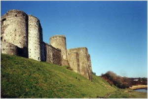 Kidwelly_Castle