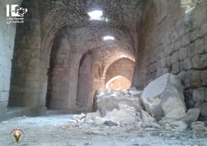 """Bombenschaden im Krak des Chevaliers / Foto: """"Protect Syrian Archaeology"""""""