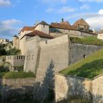 Château de Joux: Bergfestung im französischen Jura