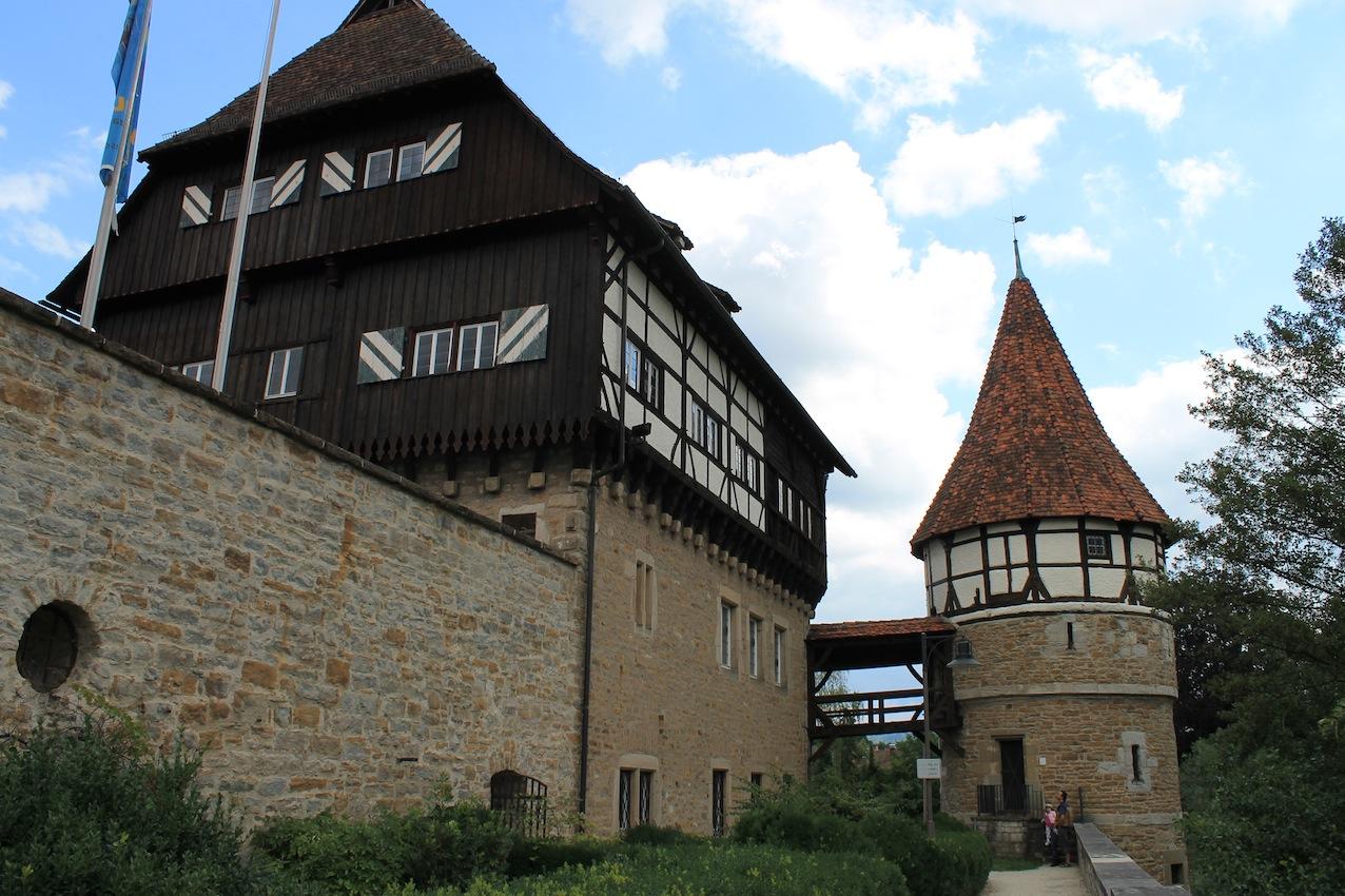 Zollernschloss Balingen / Das Bild oben zeigt die Burg Höchstädt / Fotos: Burgerbe.de