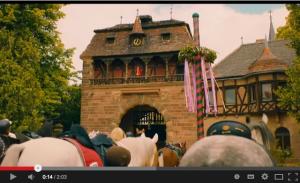 """Auf Schloss Vitzenburg startet das """"Falkensteiner Rennen"""" / Bild: Screenshot Youtube"""