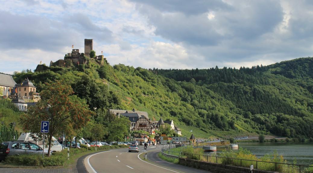 Ein Hingucker bei Beilstein an der Mosel: Die Ruine von Burg Metternich