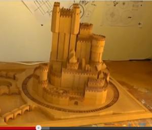 """Ein Holzmodell der Burg aus dem """"Game of Thrones""""-Vorspann, erstellt als 3D-Simulation / Screenshot Youtube"""