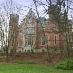 Rubinrot und Spahirblau: Die Ferres dreht auf Schloss Ketschendorf