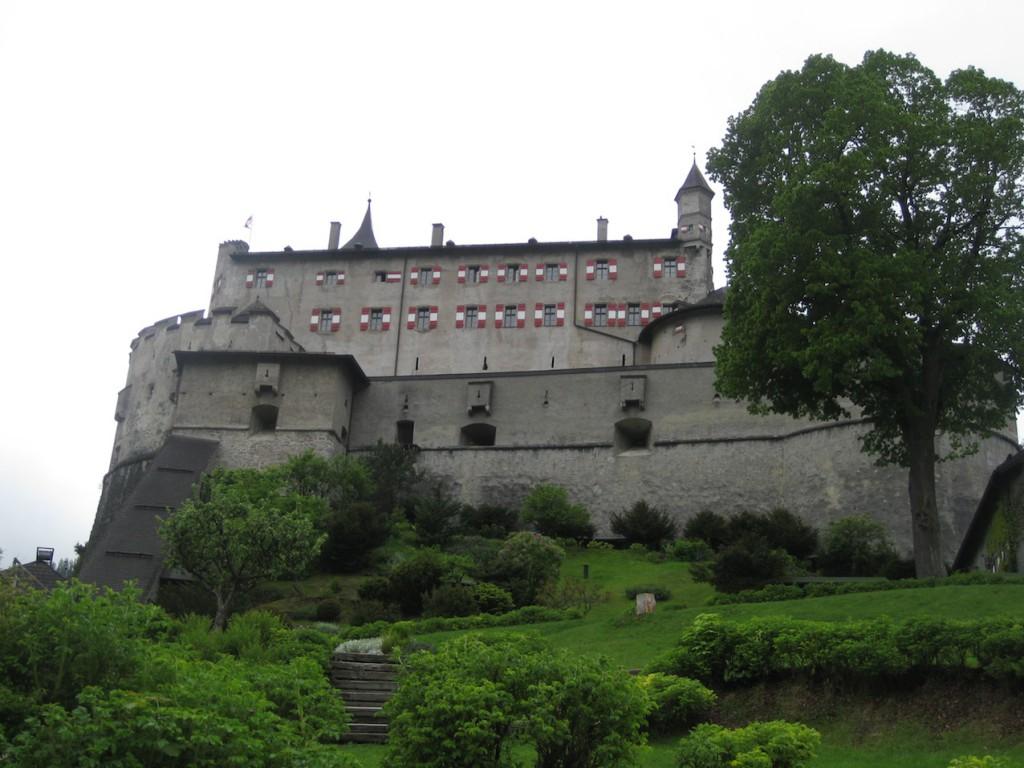 Burg Hohenwerfen über der Salzach / Fotos: Burgerbe.de