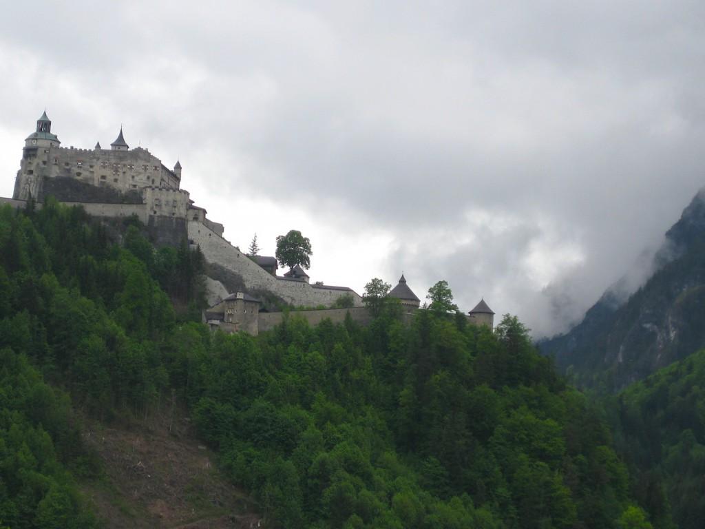 Burg Hohenwerfen: Majestätisch in den Alpen / Foto: Burgerbe.de
