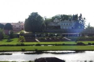 Das Original: Chateau Lafite-Rothschild bei Pauillac / Foto: Wikipedia/Ken Case/Public Domain