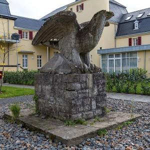 Der Adler im Innenhof / Foto: © CEphoto, Uwe Aranas / CC-BY-SA-3.0 (via Wikimedia Commons)