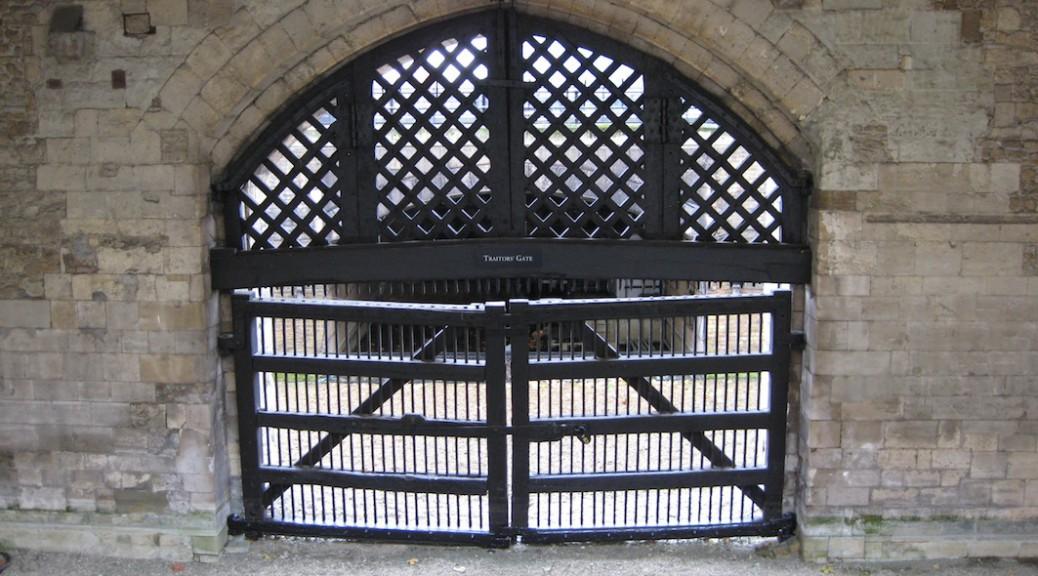 Das Traitors Gate vom Tower aus gesehen / Foto: Burgerbe.de