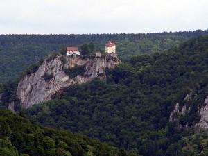 Schloss Bronnen hoch über der Donau / Foto: Wikipedia/Zollernalb/Category:CC-BY-SA-3.0,2.5,2.0,1.0