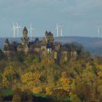 Windräder vor Schloss Braunfels?