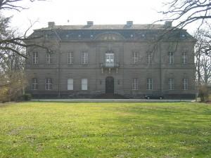 Frontseite von Schloss Kossenblatt / Foto: Wikipedia / Overberg / CC BY-SA 3