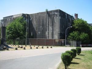 Eingang zum Bunker / Foto: Wikipedia / ich / CC BY-SA 3.0)