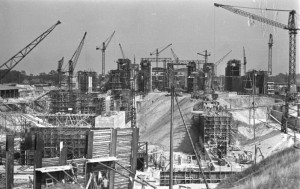 Bau des Bunkers Valtentin 1944 / Bundesarchiv, Bild 185-10-05A / CC-BY-SA