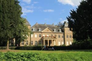 Stromberg-Drehort Schloss Garath bei Düsseldorf / Foto: Burgerbe.de