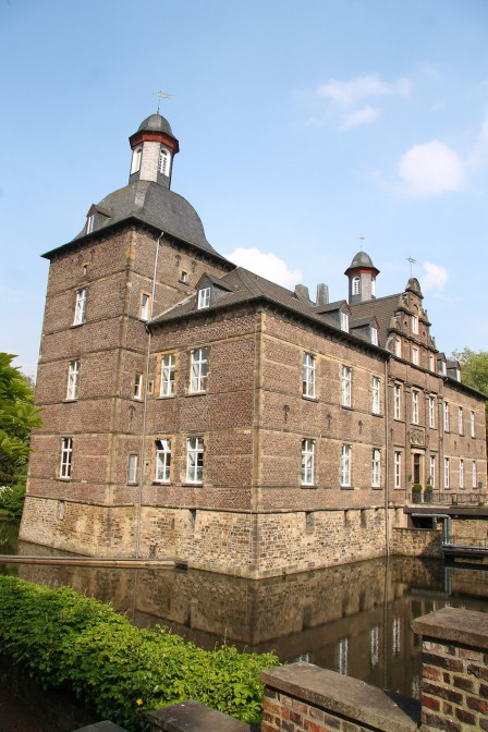 Herrenhaus von Schloss Hugenpoet / Foto: Burgerbe.de