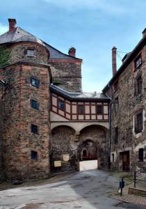 Der Innenhof von Burg Mylau in Sachsen / Foto: Wikipedia / André Karwath aka Aka / CC