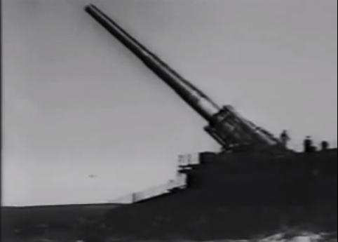 Krim im Krieg: Deutsches Eisenbahngeschütz Dora (Kaliber 80 cm) bei der Belagerung Sewastopols / Foto: Screenshot Youtube