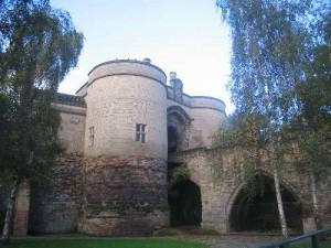 Das wieder hergestellte Torgebäude von Nottingham Castle / Foto: Wikipedia / Cosmicutencil / Public Domain