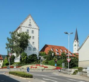 Das Bischofsschloss von Markdorf: Heute ein Hotel mit Storchennest / Foto: Wikipedia / Dietrich Krieger / CC BY 3.0 DE