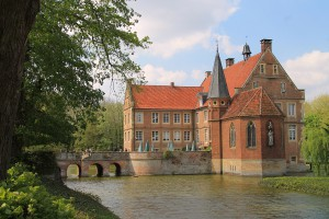 Burg Hülshoff: Gebaut auf zwei Inseln / Foto: Burgerbe.de