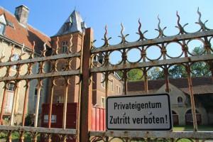 Das Schloss ist geschlossen. Nur beim Tag des Offenen Denkmals wurde kurzzeitig geöffnet.