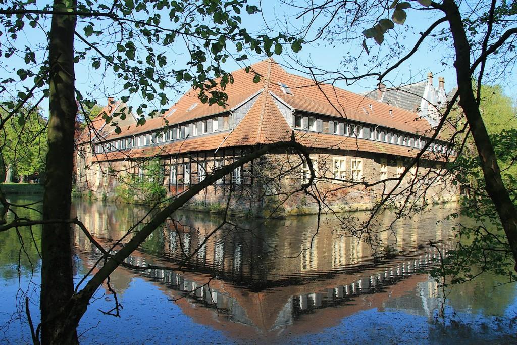 Wasserschloss Senden wird saniert / Foto: Burgerbe.de / Foto oben: © Roland Rossner/Deutsche Stiftung Denkmalschutz