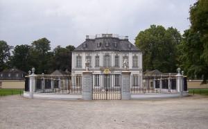 Schloss Falkenlust: Welterbestätte in Brühl / Foto: Stefan Didam / CC BY 3.0 DE