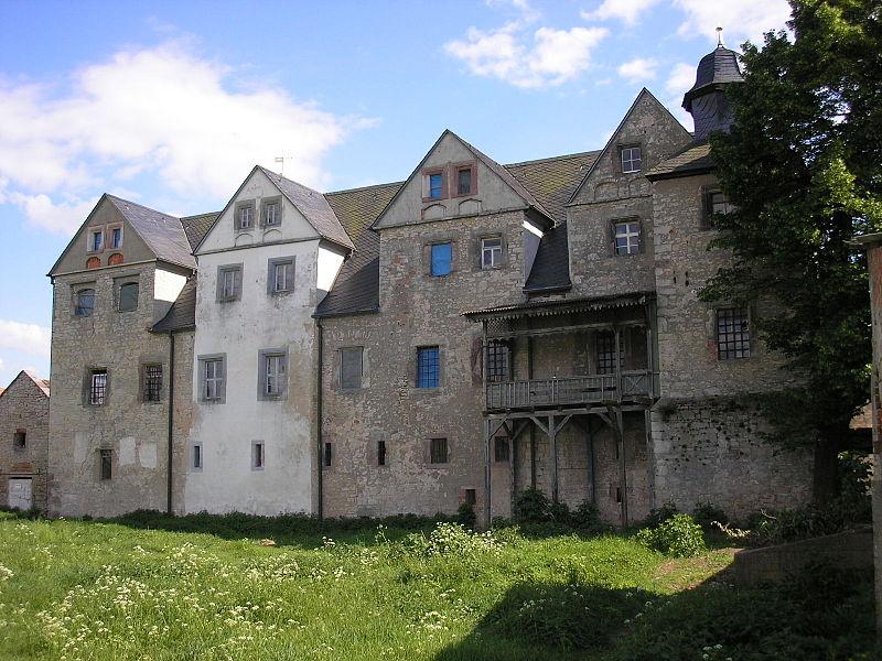 Schloss Kannawurd von Norden / Foto: Wikipedia / Michael Sander / CC BY 3.0 DE