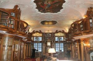 Die Bibliothek von Schloss Leopoldskron / Foto Wikipedia