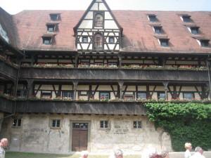 Alte Hofhaltung ohne Musketiere: Schön da / Foto: Burgerbe
