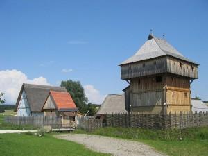 Die Bachritterburg am Ortsrand von Kanzach / Foto: Wikipedia / Frank Sautter
