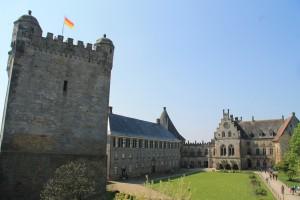 Pulverturm und Kronenburg
