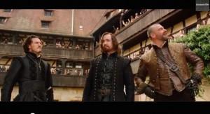 Die drei Musketiere in einem mittelalterlichen Innenhof. Er gehört zur Alten Hofhaltung Bamberg / Foto: Screenshot Youtube