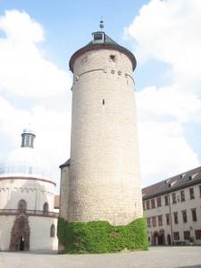 Die Marienkirche (links) auf der Festung Marienberg über Würzburg / Foto: Burgerbe