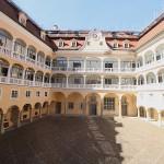 Schloss Ellwangen: Der Innenhof / Foto: Burgerbe.de
