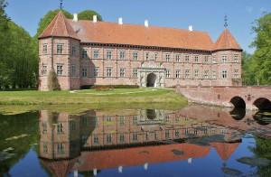 """Schloss Voergaard im nördlichen Jütland gilt als """"Spukschloss"""" / Foto: Wikipedia / PodracerHH / CC BY 3.0 D"""