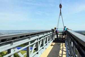 Leuchtenburg: Der Skywalk wird montiert / Foto: Stiftung Leuchtenburg