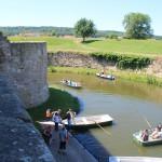 Wasserburg Heldrungen: Paddeln im Burggraben