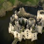 Château de la Mothe Chandeniers: Verfall nach Großbrand