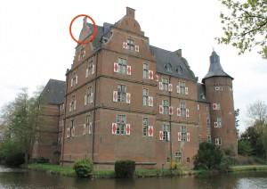 Ein Giebel von Schloss Bedurg wurde vom Sturm heruntergerissen Foto: Archiv Burgerbe