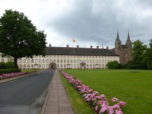 Der Westflügel von Schloss Corvey / Foto: Wikipedia / Aeggy / CC BY 3.0