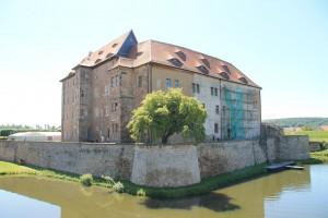 Die Wasserburg Heldrungen: Hier kann man auch übernachten