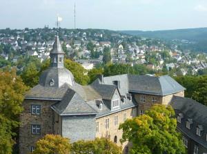 Blick auf die sogenannte Kernburg des Oberen Schlosses in Siegen / Foto: Wikipedia / Frank Behnsen / CC BY 3.0 DE
