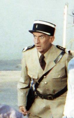 Louis de Funes in seiner Paraderolle als konsternierter Gendarm an der Cote d'Azur / Foto: Wikipedia / Rolf Gebhardt / CC BY 3.0