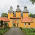 Schloss Holte: Ostfriesenschloss in Ostwestfalen